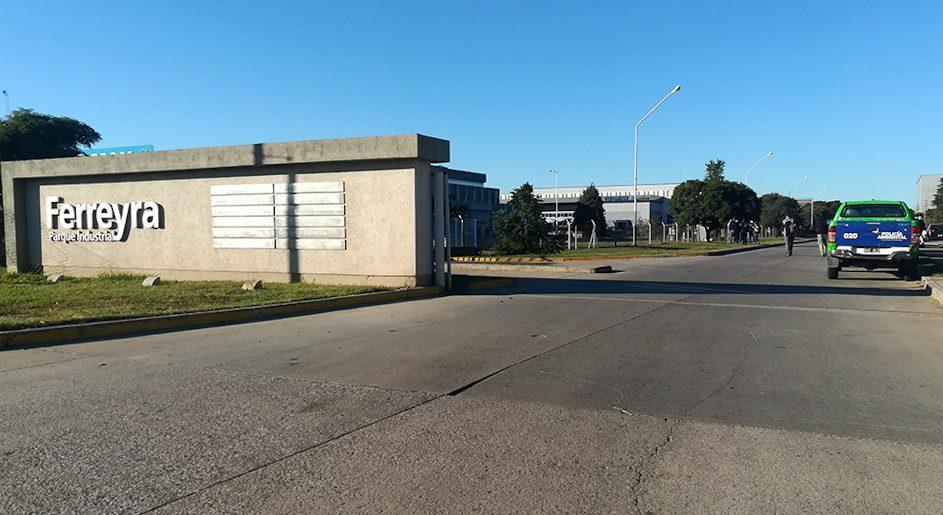 Control a fábricas del Parque Industrial Ferreyra por cumplimiento de disposiciones ambientales